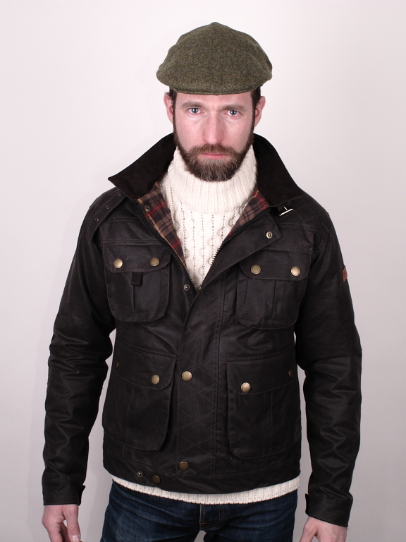 Styles. Man in motoring jacket and flat cap 64e44d7451b